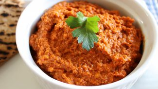 Muhammara (Roasted Red Pepper and Walnut Spread)