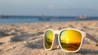 Safe Sunscreen & Sun Protection: Your Questions Answered