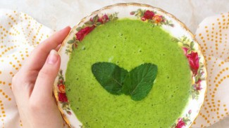 Mint Pea Smoothie