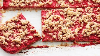 Pecan Raspberry Pie Bars