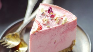 Strawberry Lime Macadamia Cheesecake