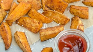 Balsamic-Glazed Yam Fries