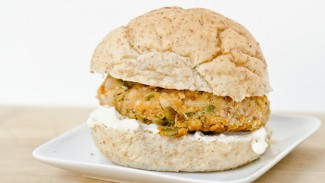 Butternut Squash Nut Burgers With Roasted Garlic Aioli