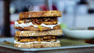 Vegan Maple Tempeh Sandwiches