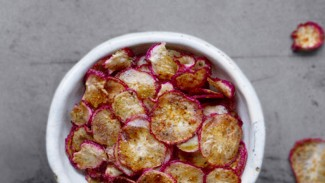 Seasoned Radish Chips