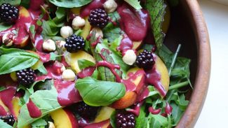 Nectarine Salad With Blackberry Dressing