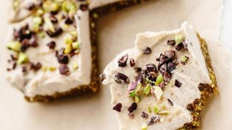 Raw Cannoli Bars
