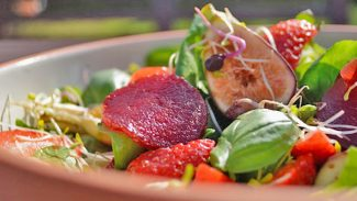 Summer Strawberry, Beetroot and Fig Salad