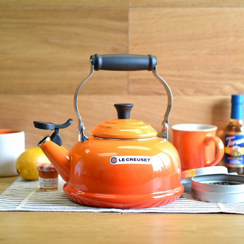 le creuset holiday gift