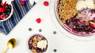 Summer Mixed Berry Crisp (video)