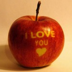 Love-Apple.jpg